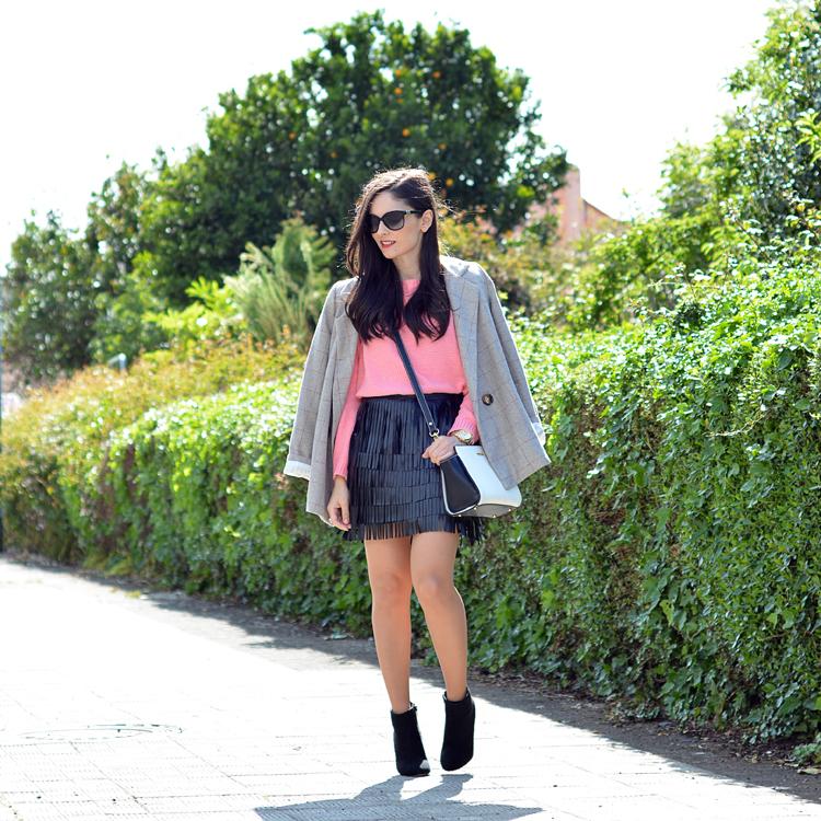 Zara_ootd_outfit_pullandbear_coral_fringes_pepemoll_09