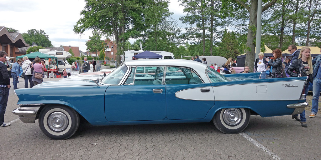 1957 Chrysler Windsor V 8 4 Door Hardtop Opron Flickr