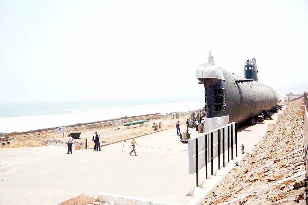 Kursura submarine museum - vizag - visit-002