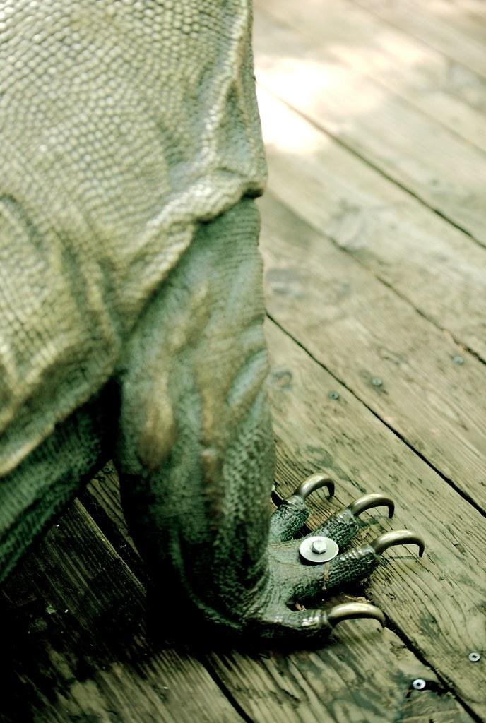 Komodo Statue