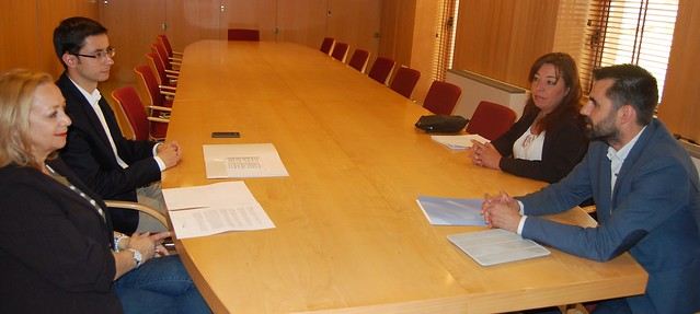 Reunión de la Asociación del Polígono de los VIllares con los representantes del Partido Socialista.