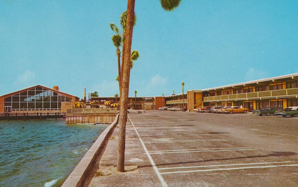 Holiday Inn - Panama City, Florida