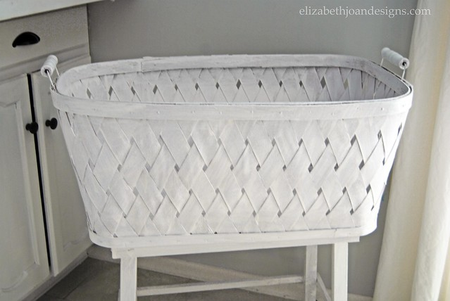 White Washed Bassinet