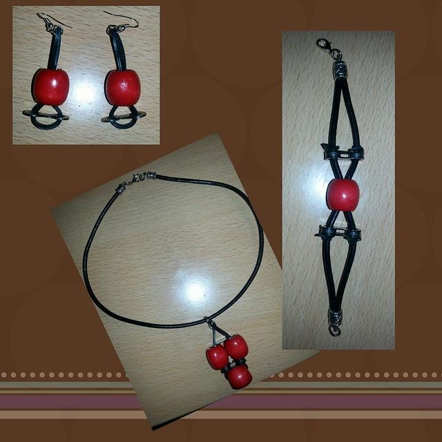 conjunto de collar, pendientes y pulsera con material de bicicleta reciclado
