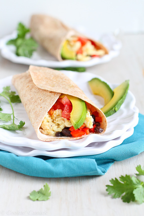 Healthy Breakfast Burrito with Avocado & Chipotle Yogurt...285 calories and 8 Weight Watchers PP | cookincanuck.com #vegetarian