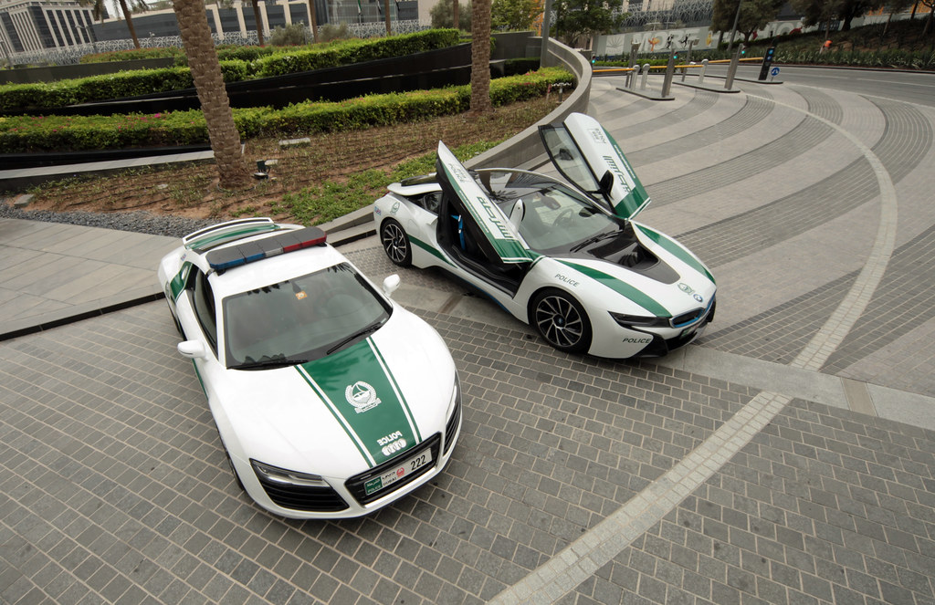 Dubai Police Supercars Audi R8 And Bmw I8 At The Armani Flickr