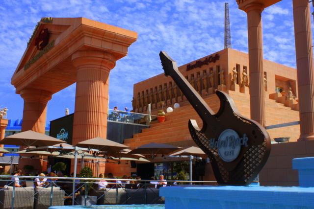 Hard Rock Hotel Tenerife Restaurants