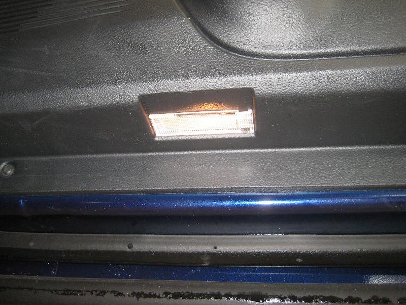 2008 2015 Dodge Challenger Courtesy Step Light In Plastic Flickr