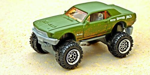 Matchbox 2016 Ford Mustang Custom 'Mudstanger'