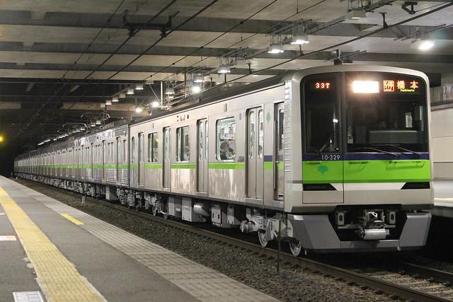 2011/11/07 都営10-300R形10-320F