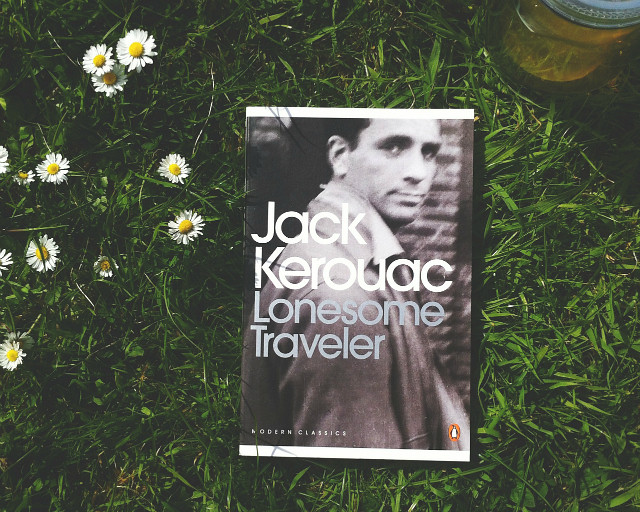 lonesome traveller jack kerouac lifestyle book blog vivatramp how to organise books to take on holiday