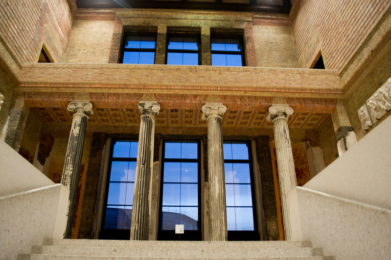 Entrance Hall - Neues Museum - Treasures of Berlin's Museum Island | packmeto.com
