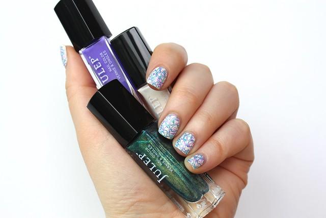 Purple & Blue Squiggly Line Manicure | #LivingAfterMidnite