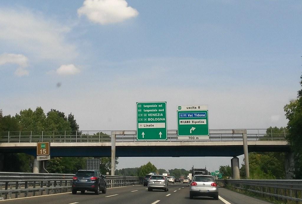 A 50 Tangenziale Ovest Milano Verso Uscita N 8