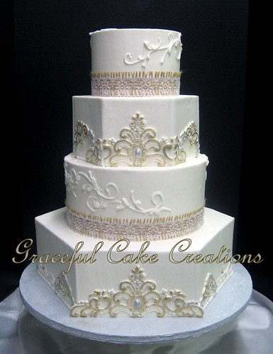 Wedding Cakes With Silver And Burlap