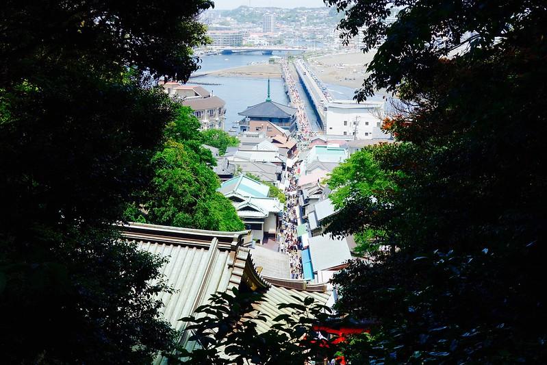 江島神社から見下ろす江の島大橋