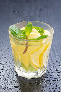 mint lemonade on a dark background | by cook_inspire