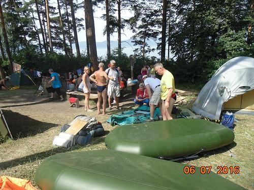 Эстафетный заплыв через озеро Тургояк