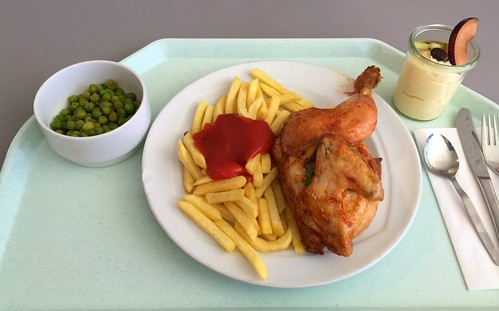 1/2 Chicken with french fries / 1/2 Hähnchen mit Pommes Frites