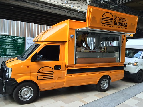 2015-05-01 Food truck BKK (18)