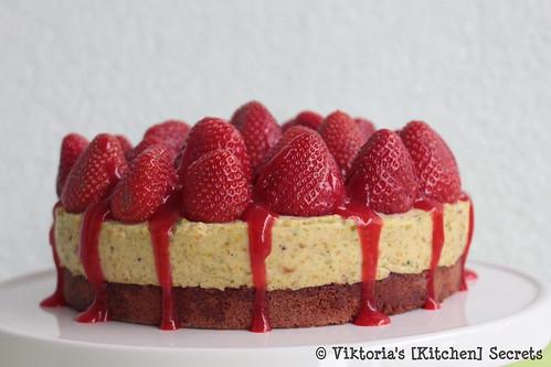 Erdbeer Pistazienmousse Torte, Viktoria's [Kitchen] Secrets