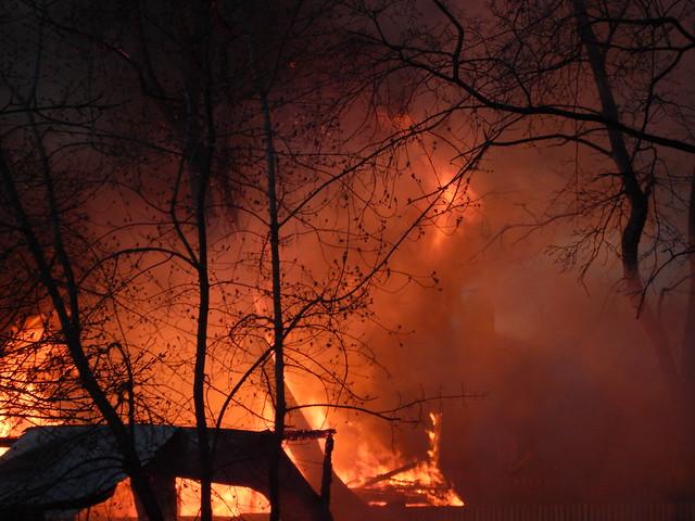 Пожар в юго-восточном округе столицы потушен