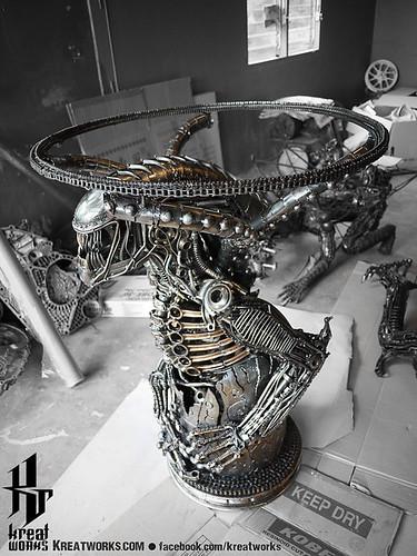 Dieselpunk recycled metal statues by Kreatworks - Alien Table