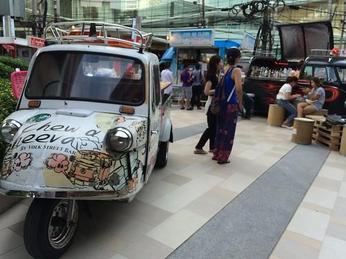 2015-05-01 Food truck BKK (21)