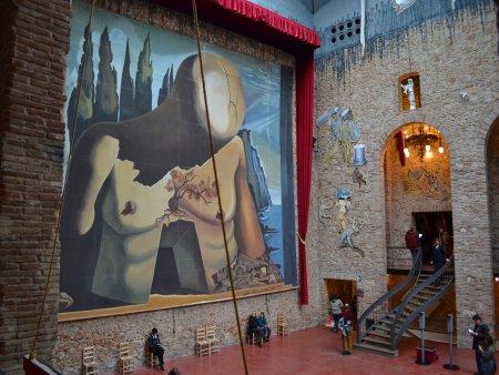 excursie de o zi din barcelona figueres teatru muzeu dali 4
