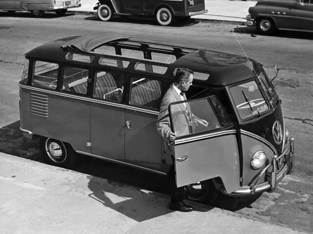 Праворульный Volkswagen Transporter T1. 1951 - 1955 годы