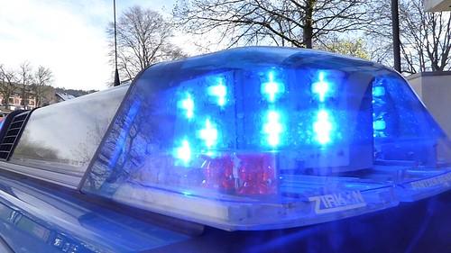 pintsch bamag zirkon led deutsche polizei leuchtbalken flickr. Black Bedroom Furniture Sets. Home Design Ideas