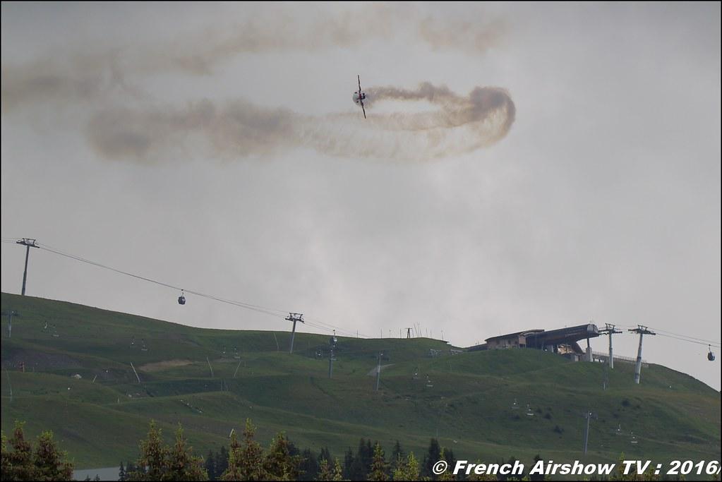 Equipe de Voltige de l'Armée de l'Air, EVAA , Extra 330 SC , EVAA Equipe de Voltige de l'Armée de l'air - Salon de Provence , Meribel Air Show , 2016 , meribel airshow , les 3 vallees , Méribel LFKX/MFX
