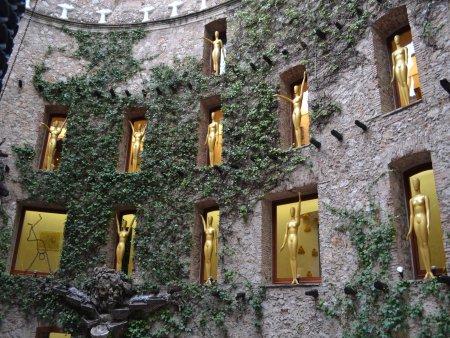 excursie de o zi din barcelona figueres teatru muzeu dali 6