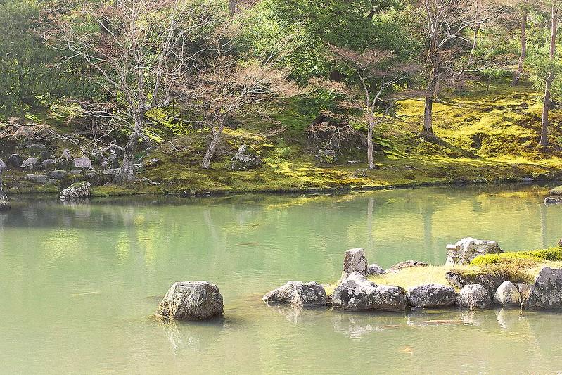 Gardens landscape lake pool koi carp palace Tenryuji Shrine Japan Kyoto Buddhist Shinto Ukyo-ku Rinzai