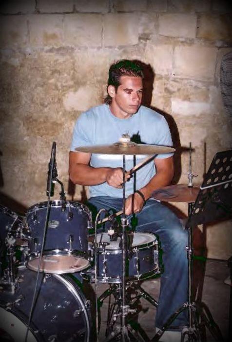 ΜΟΥΣΙΚΗ ΠΑΡΑΣΤΑΣΗ 2004