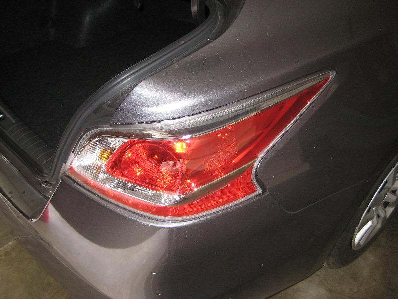 Superb ... 2014 Nissan Altima Tail Light Housing   Changing Brake, Rear Turn  Signal U0026 Reverse Light