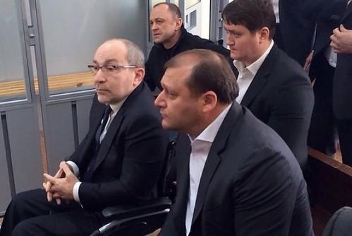 Кернеса евакуювали з полтавського суду через