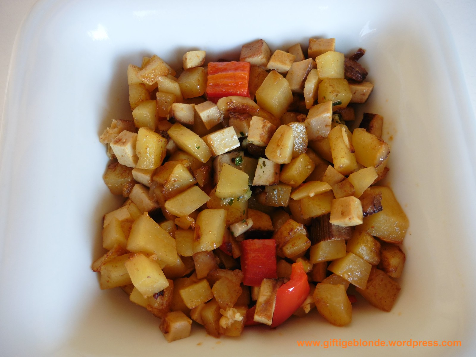 Erdäpfel Räuchertofu Paprika Pfanne