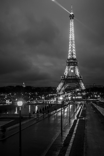 Eiffel Tower, B&W