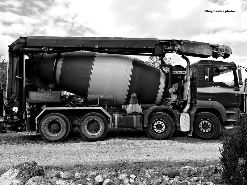 Lorry, Feldbrunnen