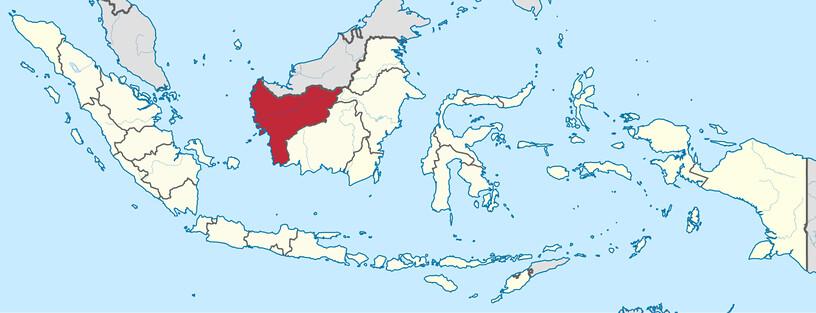 婆羅洲島嶼上的印尼西加里曼丹領域(紅色)。丹絨羅康坐落在東部,靠近加里 曼丹東部和中部的界線。圖片來源:TUBS/Wikimedia Commons
