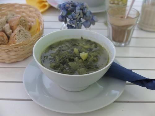 Veganer Wirsingeintopf (in der Suppkultur-Filiale an der Hufschmiede in Minden)