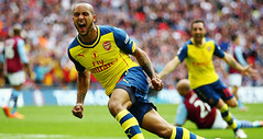 theo-walcott-arsenal-aston-villa-fa-cup-final_3309877