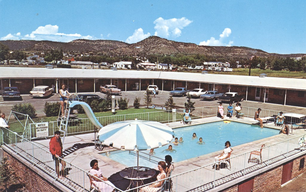 Sands Manor Motel & Restaurant - South Raton, New Mexico