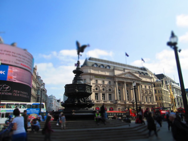 Piccadilly Circus Eros Wide