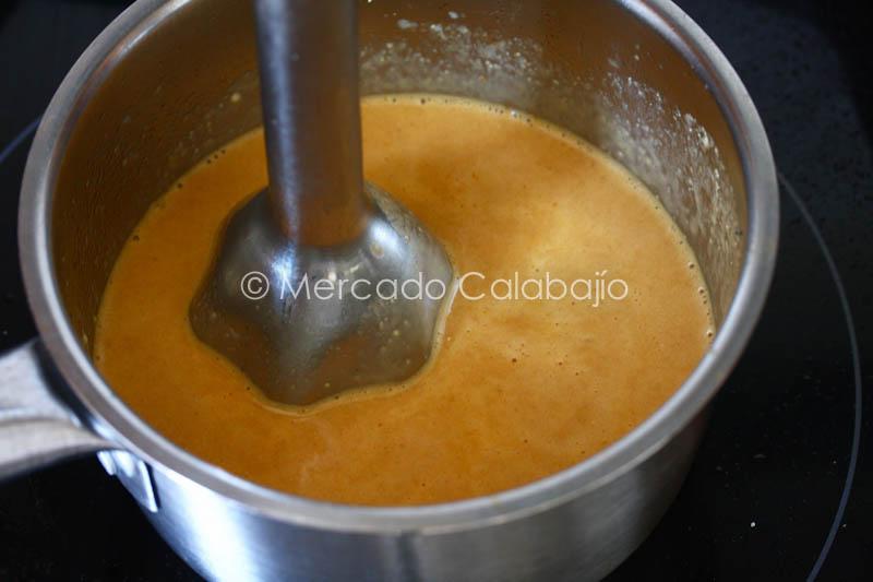 ESPARRAGOS CON SALCHICHAS Y SALSA DE TORTA DEL CASAR-22