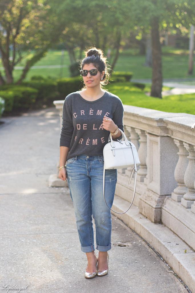creme de la creme sweatshirt, boyfriend jeans, silver pumps.jpg