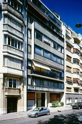 Apartment of Le Corbusier, Molitor - Facade (Photo by Oliver Martin-Gambier) | by 準建築人手札網站 Forgemind ArchiMedia