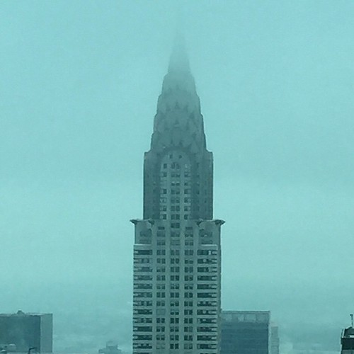 #Foggy #ChryslerBuilding this #muggyday in #NewYorkCity . Still #elegant no matter what the weather.  #nofulter #myny #mynyc #midtown #manhattan #lookingtowardstheeastside #eastside #ilovenewyork