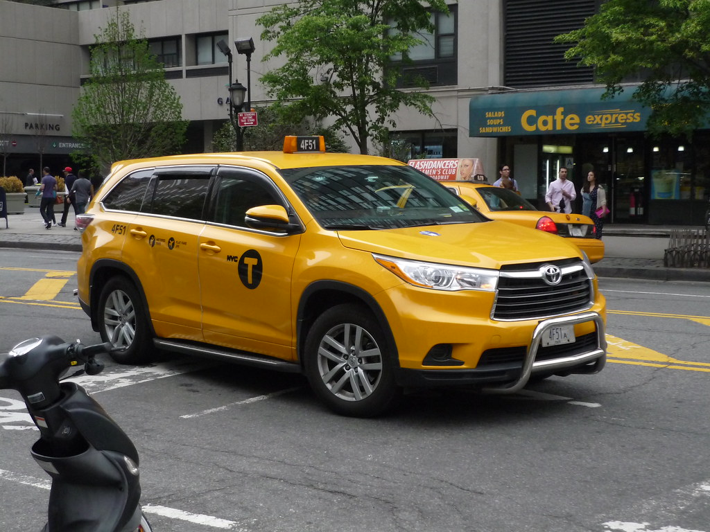 Toyota Highlander Nyc Taxi The Highlander Has Become A